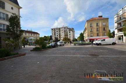 Rueil malmaison: 3 pièces: Exclusivité en plein centre ville, au 3ème étage