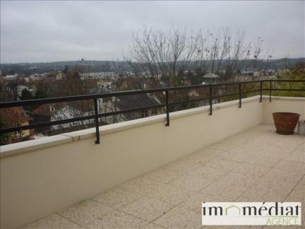 Rueil malmaison: 2 pièces: Quartier belle rive - avenue alber 1er situé dans