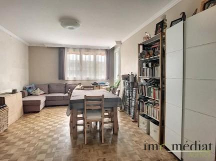 Plateau mont valerien: 4 pièces: Situé dans une résidence sécurisée, appartement