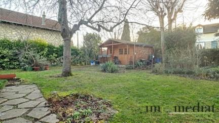 Rueil malmaison: 5 pièces: Quartier bois préau. ncette maison comprend 4 chambres